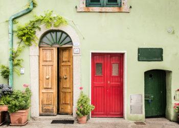 Porte interne e pavimenti abbinarli nel modo giusto